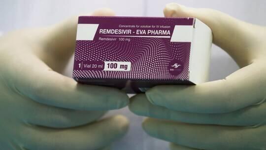 """""""ريمديسيفير"""" يحصل على الضوء الأخضر كأول علاج من كوفيد-19 معتمد أوروبيا"""