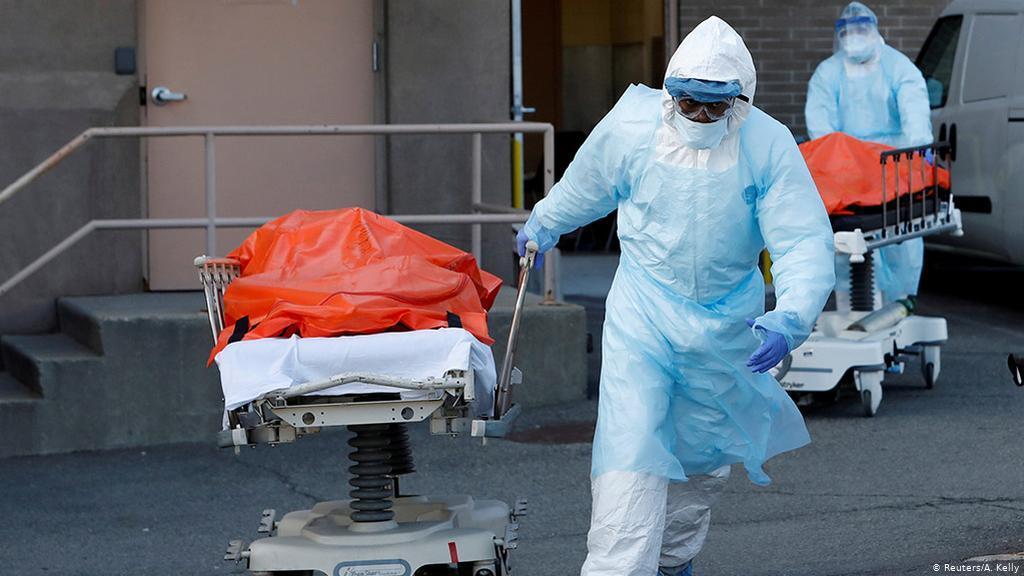 الصحة العالمية: عدد الوفيات بكورونا في الأميركيتين وصل إلى نحو مليون شخص