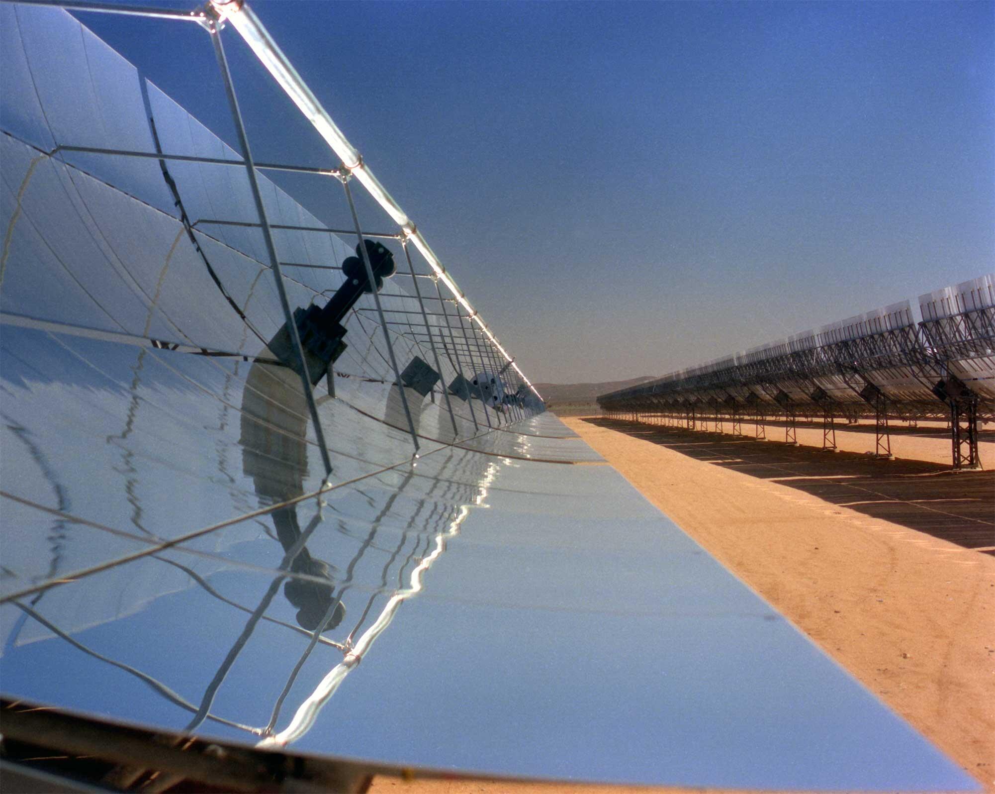 الطاقة المتجددة …  السبيل إلى سماء زرقاء