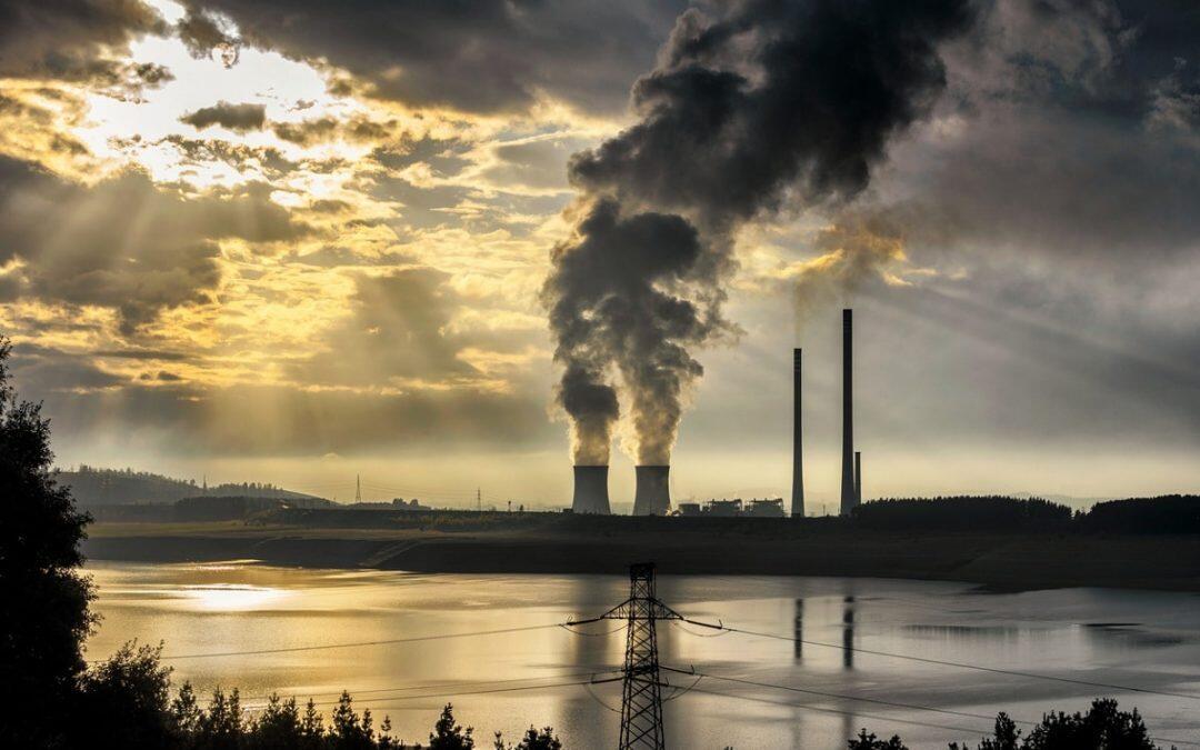 """وكالة الطاقة الدولية توجه تحذيراً """"جدياً"""" من بطء في الانتقال إلى الطاقة النظيفة"""
